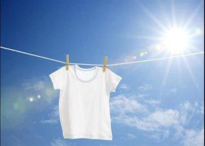 Tẩy trắng quần áo