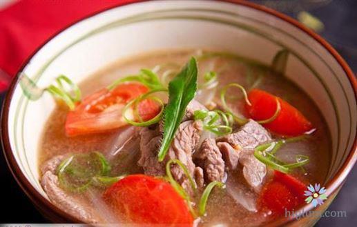 Canh chua thịt bò - cà chua