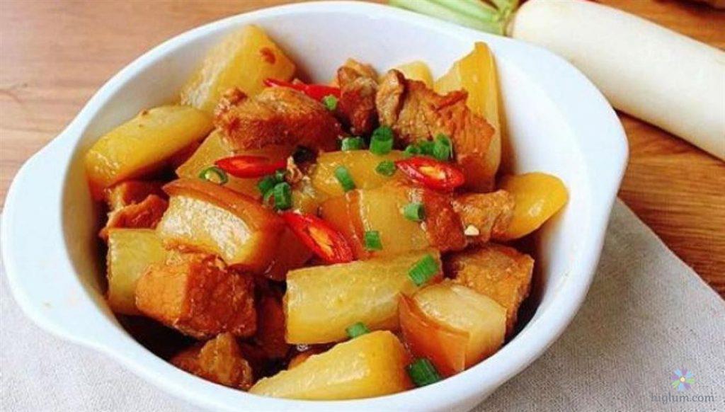 Cách làm món thịt heo kho củ cải