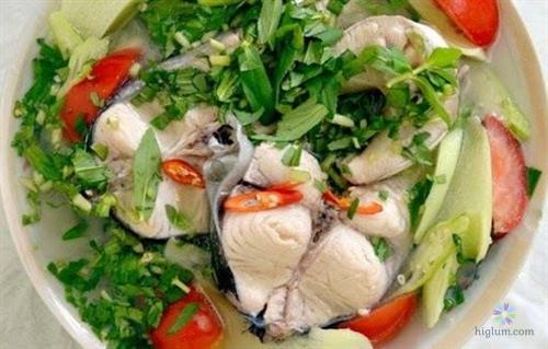 Cá hú nấu canh chua